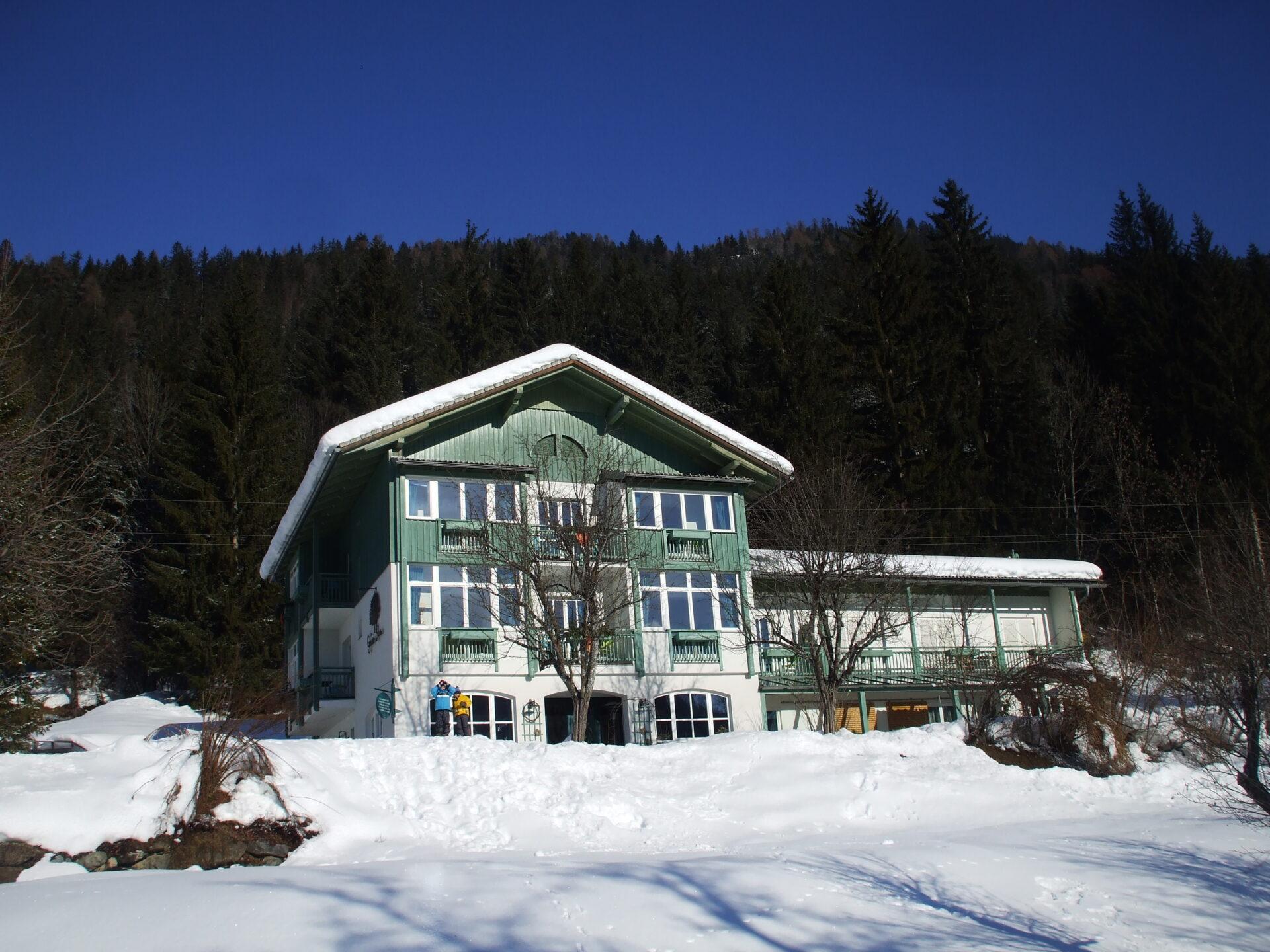 Ferienwohnung Grüner Baum Weissensee Winter Haus
